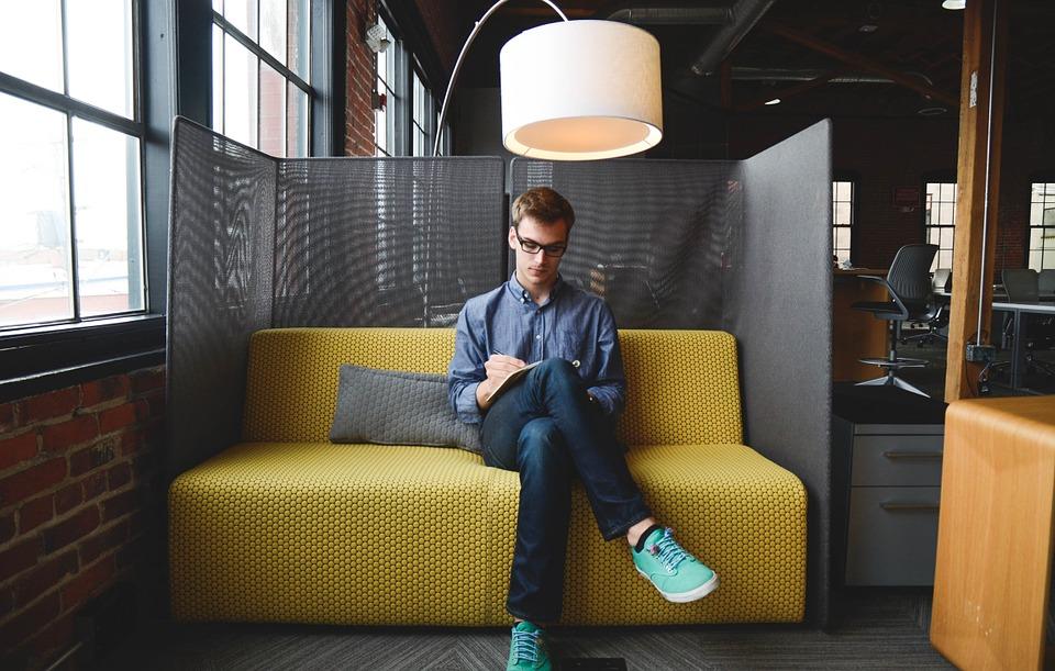 entrepreneur-593359_960_720.jpg